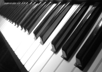 piano spelen op tablet